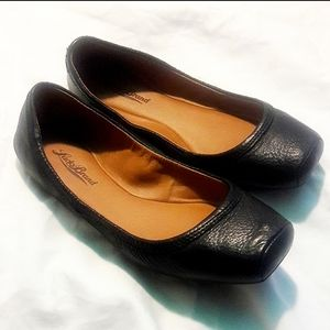 Lucky brand leather black flats square toe shoes